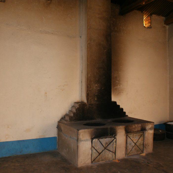 Costruzione della cucina e della sala da pranzo della scuola secondaria